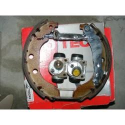 machoires frein arriere cylindres non fournis peugeot 406 coupe break sans abs