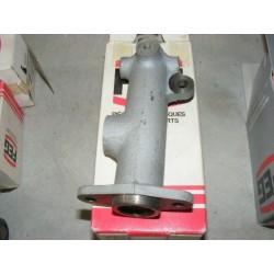 maitre cylindre de frein renault 4 R4 fregate