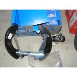 Kit frein arriere 200x40mm pour skoda favorit felicia forman volkswagen caddy 2