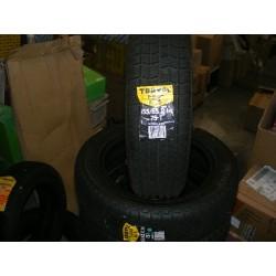 Paire de pneus hiver neuf dimension 155 65 14 75t 155/65/14 dot3311