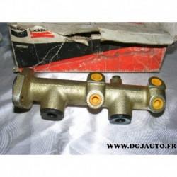 Maitre cylindre de frein pour peugeot J7