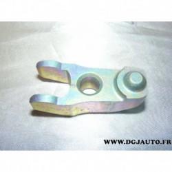 Support etrier de serrage injecteur moteur pour volvo 850 S70 S80 V70 2.5TD 2.5 TD