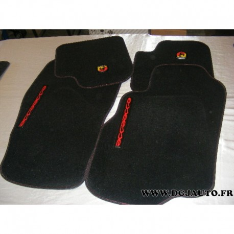 jeu 4 tapis de sol esseesse 50902345 pour fiat punto evo abarth au meilleur prix sur. Black Bedroom Furniture Sets. Home Design Ideas