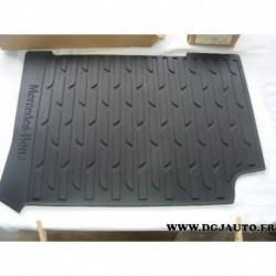 Tapis de sol caoutchouc 9606843303 9B51 pour mercedes poids lourd actros arocs