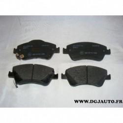 Jeux 4 plaquettes de frein avant montage bosch 572524B pour toyota auris corolla 150