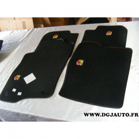 jeu de 4 tapis de sol revetement 5743541 pour fiat punto evo abarth au meilleur prix sur. Black Bedroom Furniture Sets. Home Design Ideas