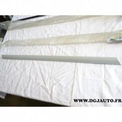Baguette moulure de porte arriere droite apprete 13105724 pour opel vectra C break signum