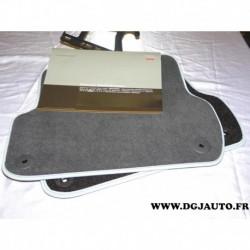Paire tapis de sol arriere soul 8E0061276P MNO pour audi A4 de 2001 à 2008