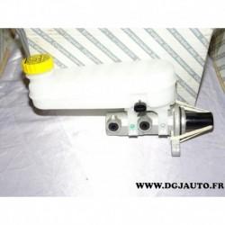 Maitre cylindre de frein avec bocal reservoir huile hydraulique 77364207 pour fiat ducato de 2006 à 2014