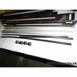 Paire barre de toit aluminium avec bouchons (juste les barres) 108cm de long thule 860* (1 bouchon manque cache plastique)
