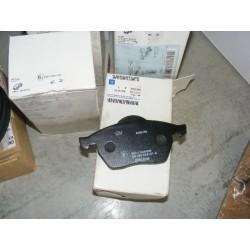 Jeux 4 plaquettes de frein pour opel calibra vectra B astra G saab 900 9-5 95